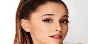 Ariana Grande- bio, wiki, boyfriend, onlyfan, height, family,