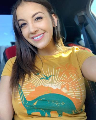 Brianna Marie Dale (@bridale22) age, bio, wiki, biography, vid